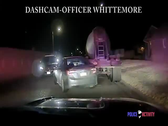 Американский полицейский застрелил угонщика