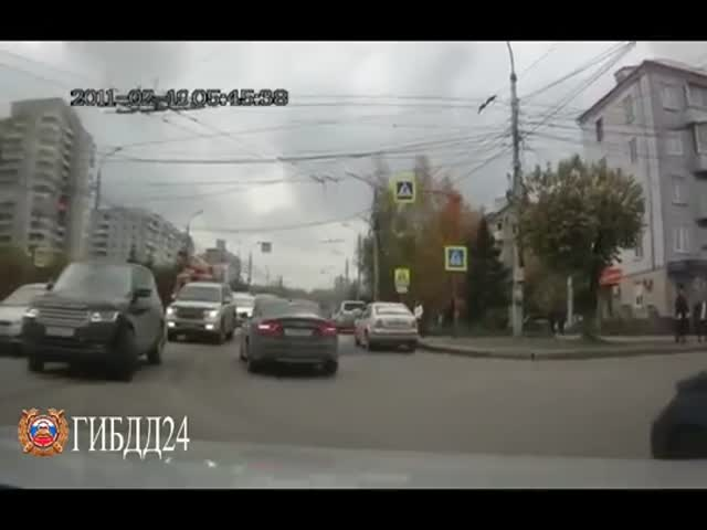 Водителя, не пропустившего пешехода, привлекли к ответственности