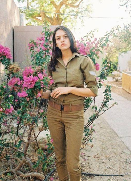 Прекрасные военнослужащие армии Израиля (37 фото)