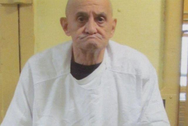 В США отменили казнь осужденного, так как не могли найти его вены (4 фото)