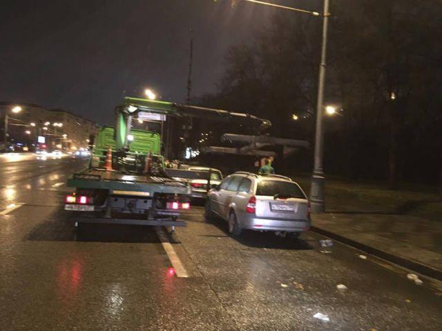 Как москвичи свои автомобили искали (2 фото)