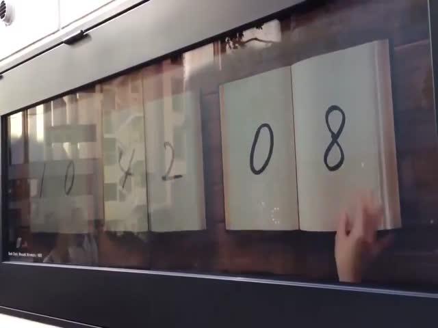 Уличные часы в Японии
