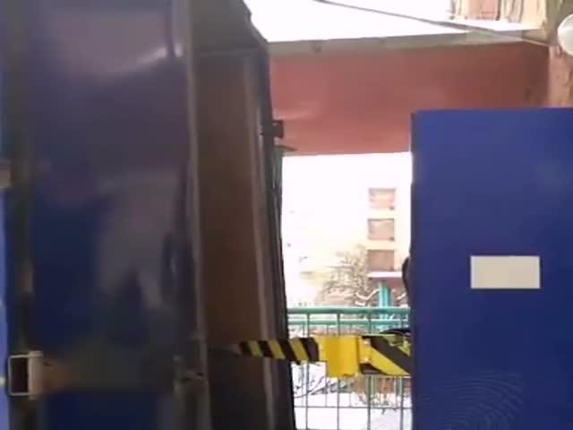 Разгрузка посылок «Почтой России» в Кемерово