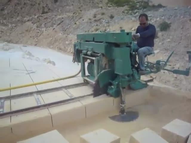 Производство каменных блоков