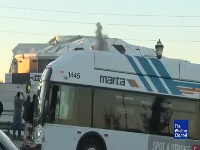 Неудачная съемка взрыва стадиона «Джорджия Доум» в Атланте