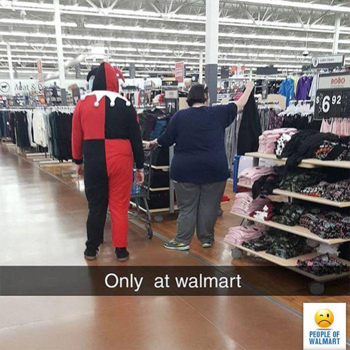 Забавные посетители супермаркетов Walmart (33 фото)