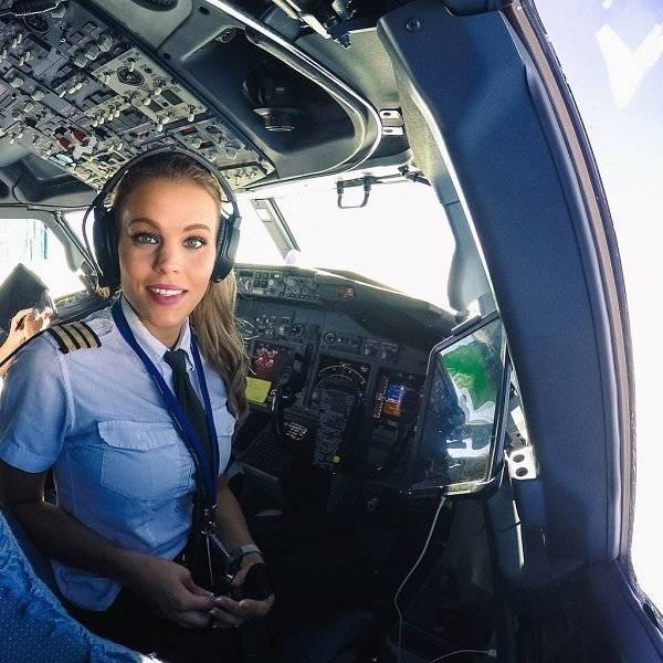 Малин Осибан - привлекательный пилот из Швеции (23 фото)