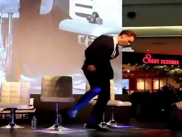Актер Том Хиддлстон привел в восторг корейских фанатов