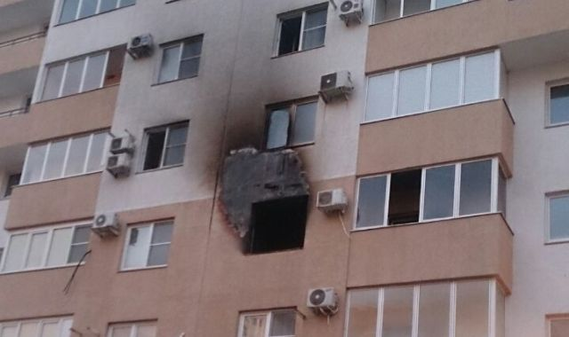 Ферма для майнинга криптовалют стала причиной пожара в квартире (2 фото)