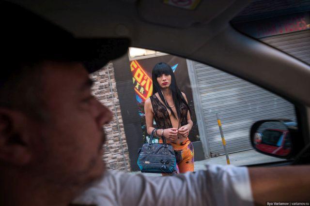уличные проститутки фото