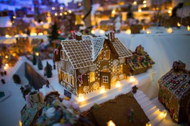В Норвегии создали традиционный пряничный городок (8 фото)