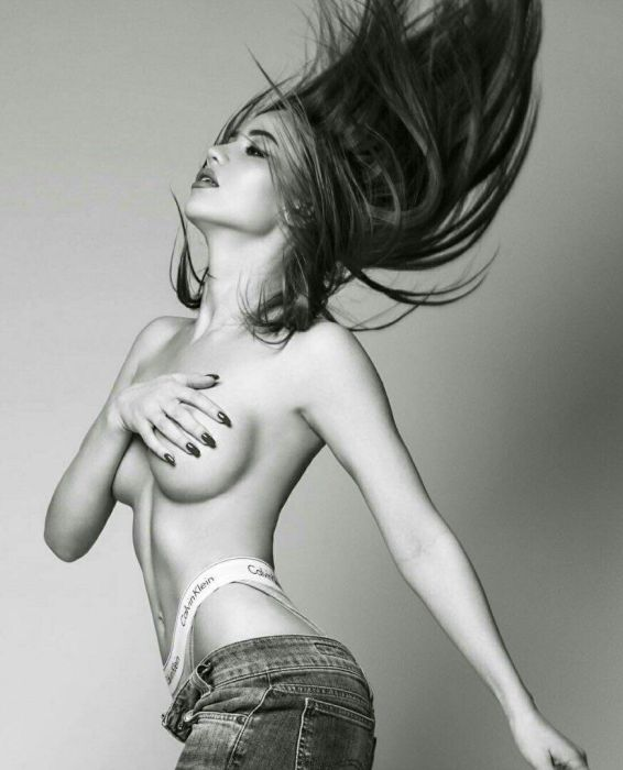 Победительница конкурса «Девушка года Playboy 2017» Лия Ситдикова. НЮ (23 фото)