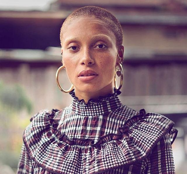 Адва Абоа стала моделью года (16 фото)