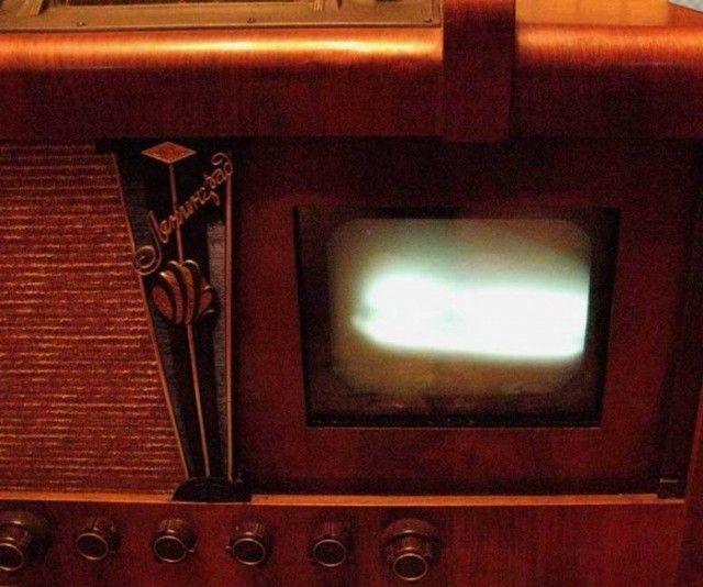 Реставрация старого телевизора «Ленинград Т-2» (25 фото)