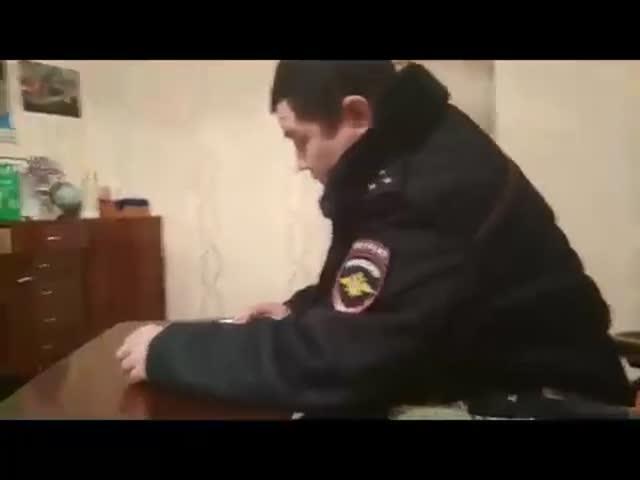 К родителям школьника из Улан-Удэ пришла полиция