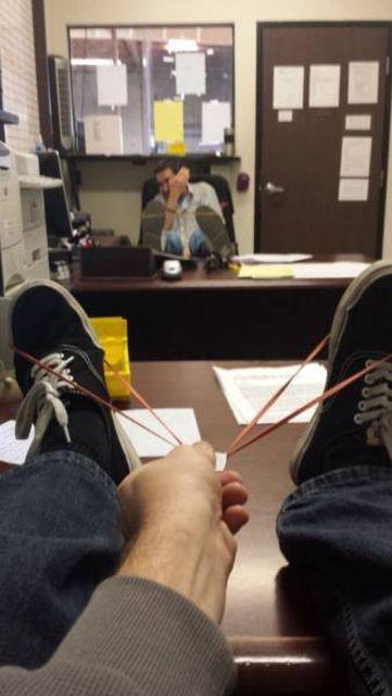 Фейлы и приколы с рабочих мест (26 фото)