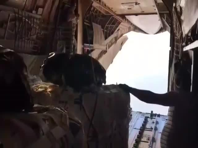 Интересное видео с борта самолета ИЛ-76