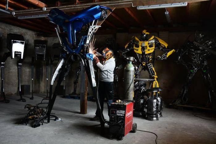 Роботы из металлолома от Себастьяна Кухарского (20 фото)