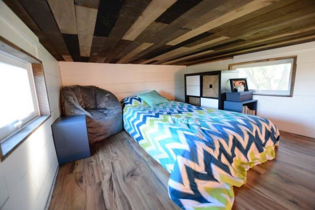 Современный мобильный дом за 98 000 долларов (12 фото)