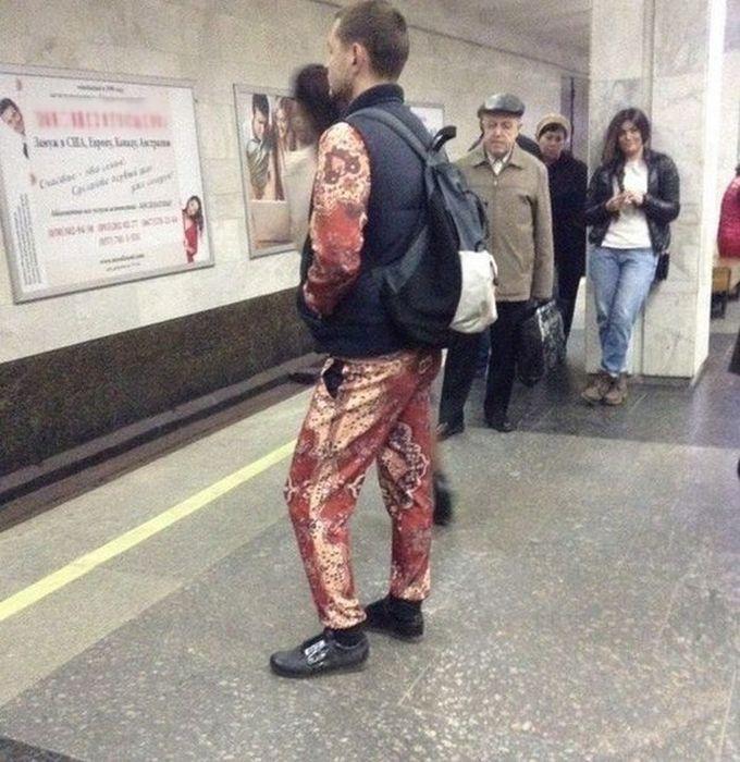 Модники из общественных мест (45 фото)