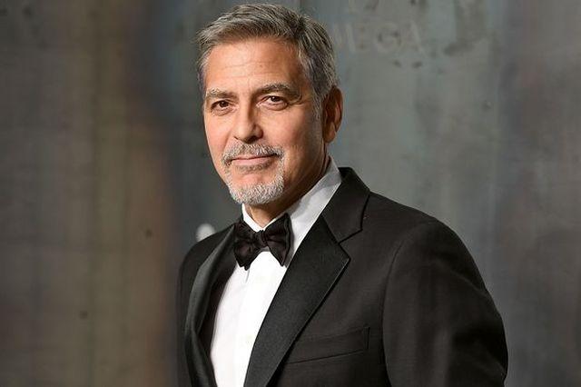 Как актер Джордж Клуни своих друзей за дружбу благодарил