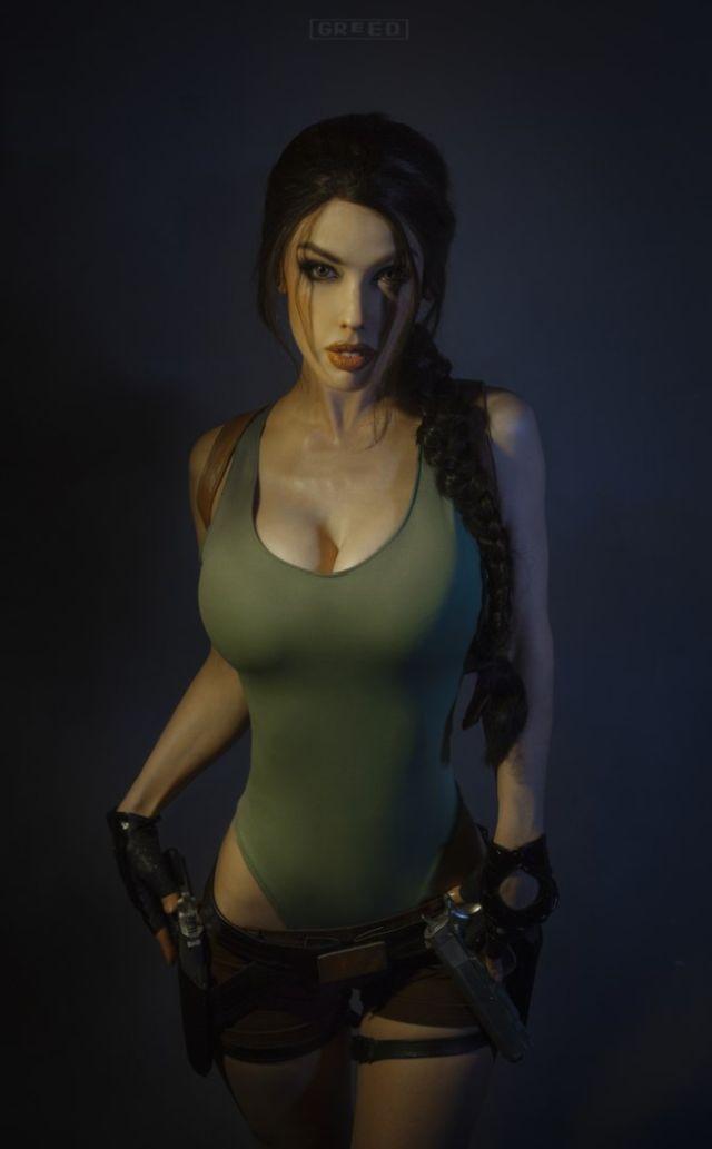 Косплеерша Freia Raven в образе Лары Крофт (10 фото)