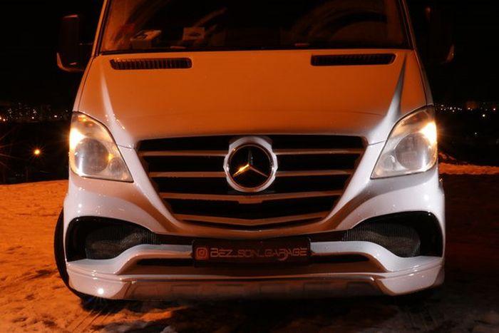 Тюнинг фургона Mercedes-Benz Sprinter (19 фото)