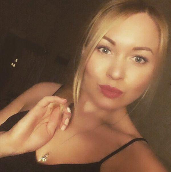 В Шереметьево пассажирка избила стюардессу, не пересадившую ее в бизнес-класс (фото + видео)