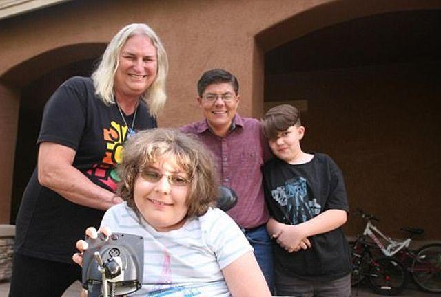 В США вся семья целиком решила сменить пол (4 фото)