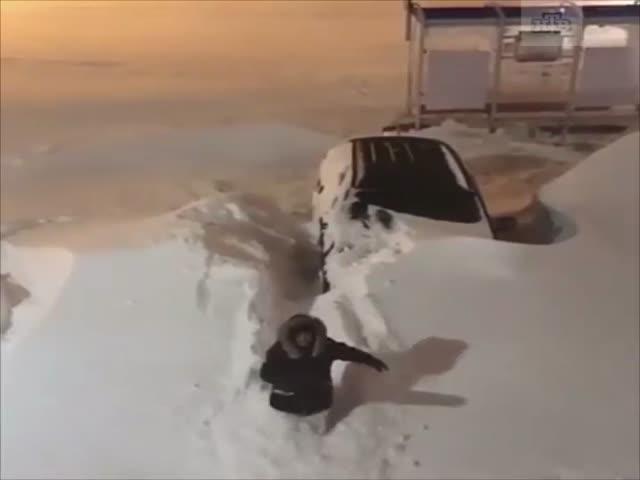 Норильск замело снегом