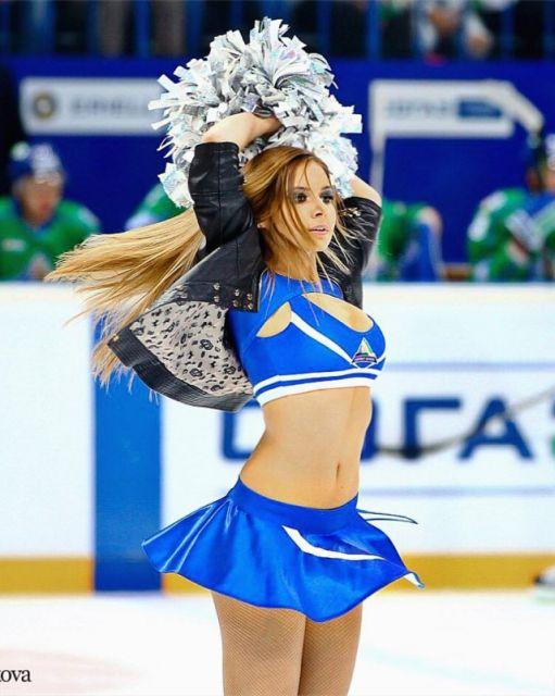 Диана Халифаева из группы поддержки Ice Girls (34 фото)