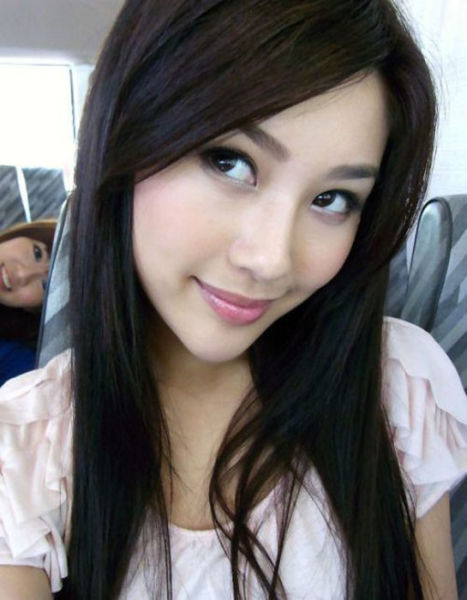 Милые азиатки (27 фото)