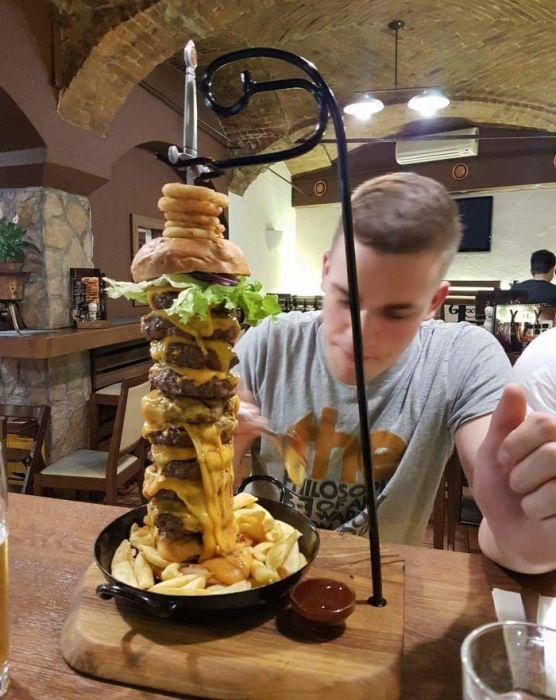 Необычная подача блюд в кафе и ресторанах (32 фото)