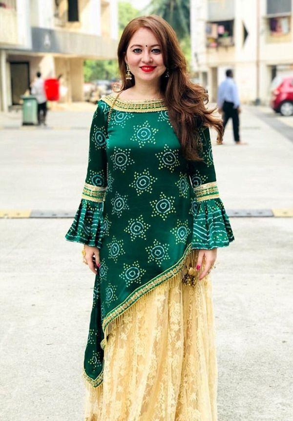 Пуджа Ганатра - индианка с белой кожей и рыжими волосами (10 фото)