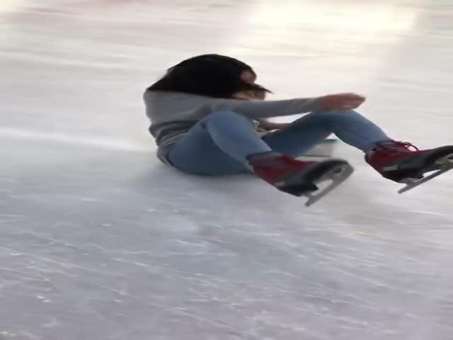 Эпичное катание японки на коньках