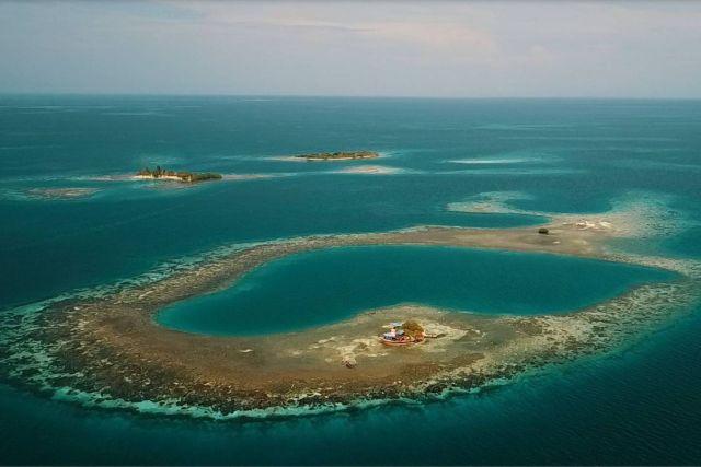 В Карибском море сдается в аренду необитаемый остров (8 фото)