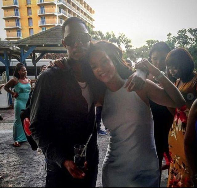 На острове Барбадос убит двоюродный брат Рианны Тэйвон Аллейн (4 фото)