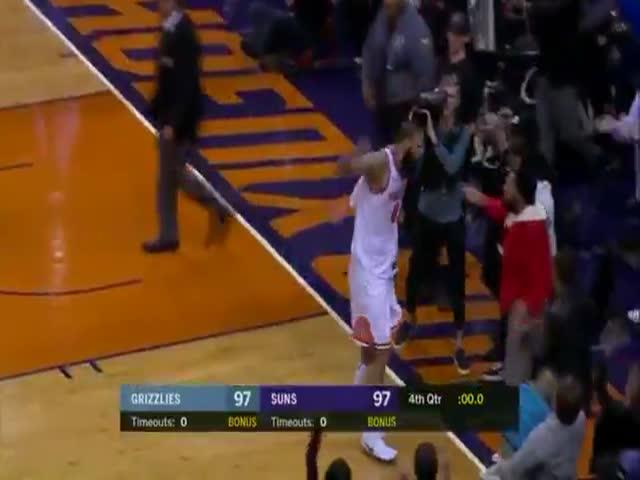 Победный мяч на последней секунде матча НБА