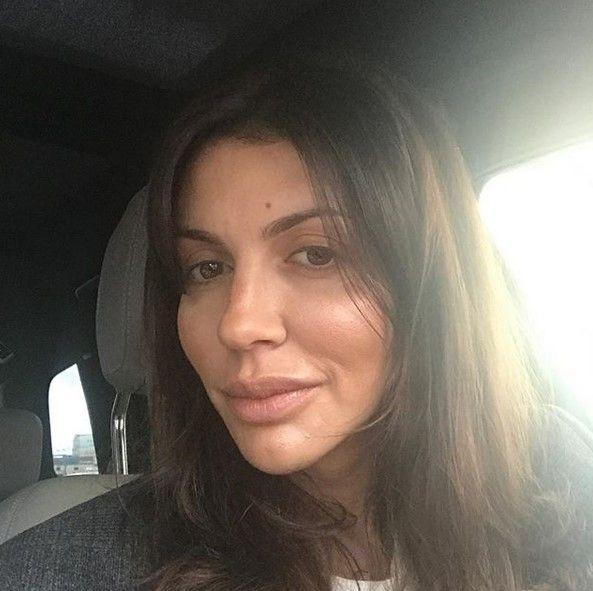 Жену Андрея Аршавина сняли с рейса Москва - Алма-Ата (3 фото)
