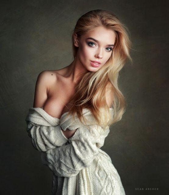 Екатерина Котаро - прелестная победительница конкурса Miss MAXIM 2017 (9 фото)