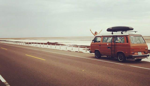 Американец продал имущество и отправился в путешествие на фургоне (21 фото)