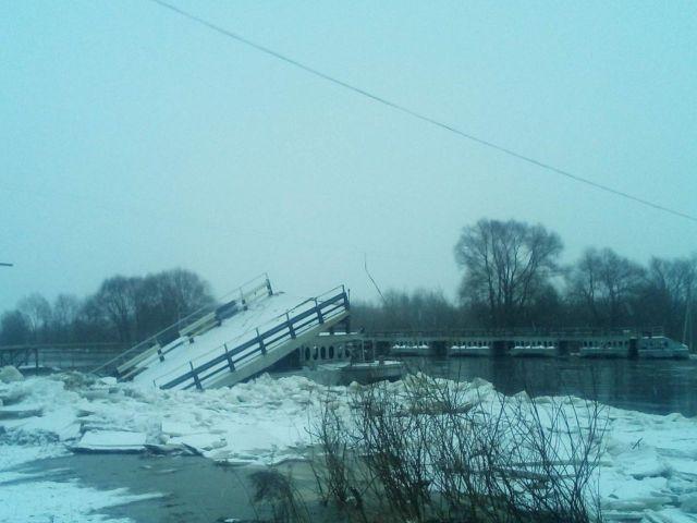 Жители 15 деревень Владимирской области остались без связи с внешним миром (4 фото)