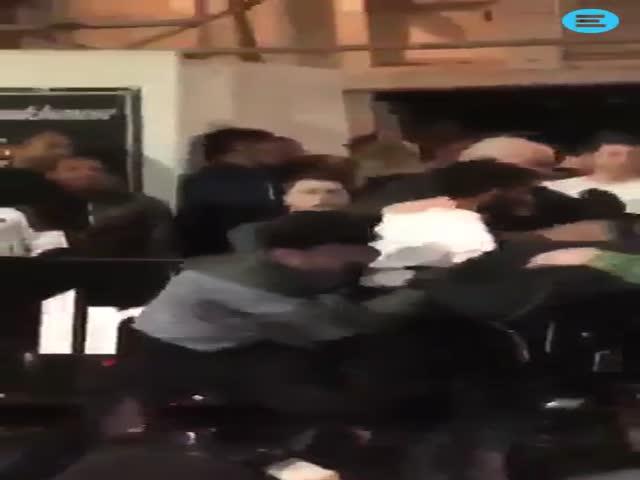 Охранник успокоил буйных посетителей клуба