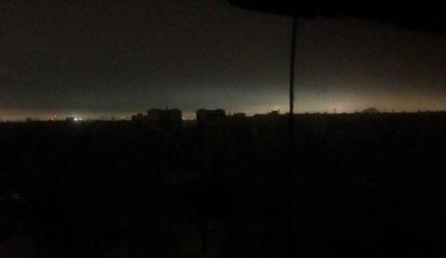 Массовое отключение электроэнергии в Казани (10 фото)