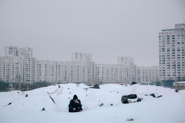 Будничная жизнь на окраинах Санкт-Петербурга (27 фото)
