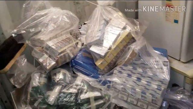 В Великобритании украли контрабандные сигареты (3 фото)