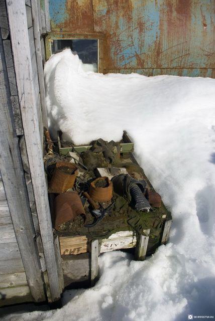 Цельнометаллические унифицированные блоки на Земле Франца-Иосифа (23 фото)