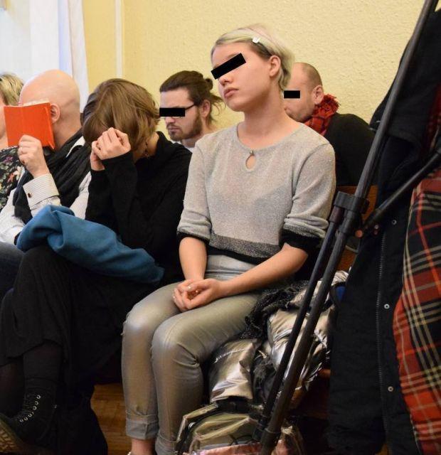 Белорусы получили тюремные сроки за скандальный перформанс в Освенциме (3 фото)