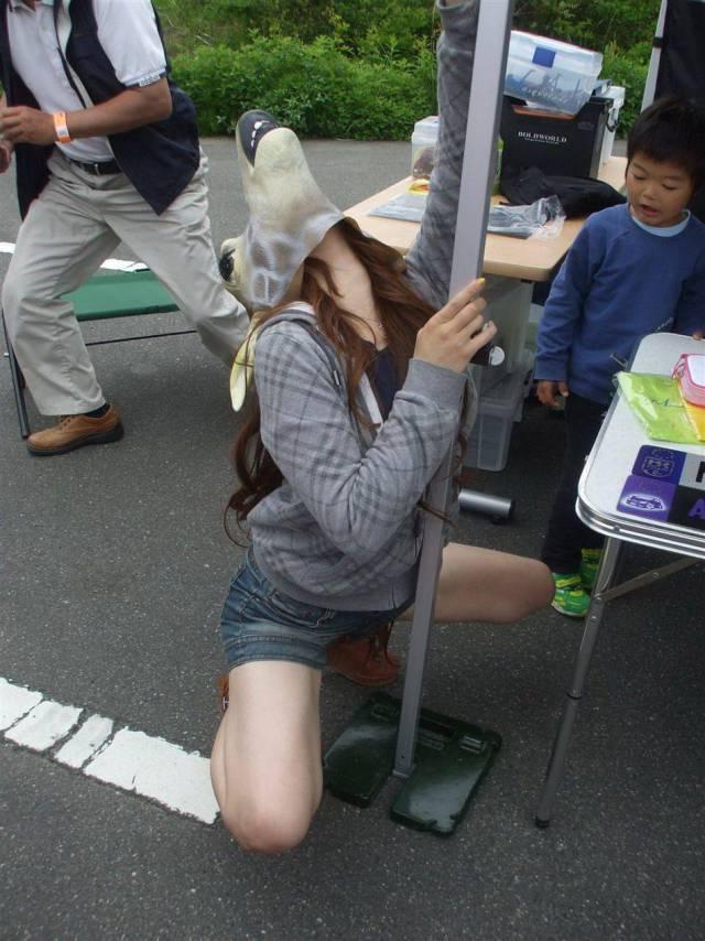 Девушки забавляются (46 фото)