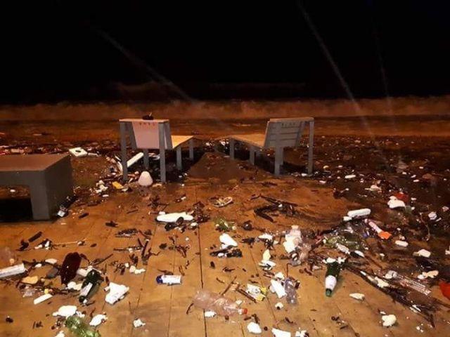 Набережная Батуми после шторма (3 фото)